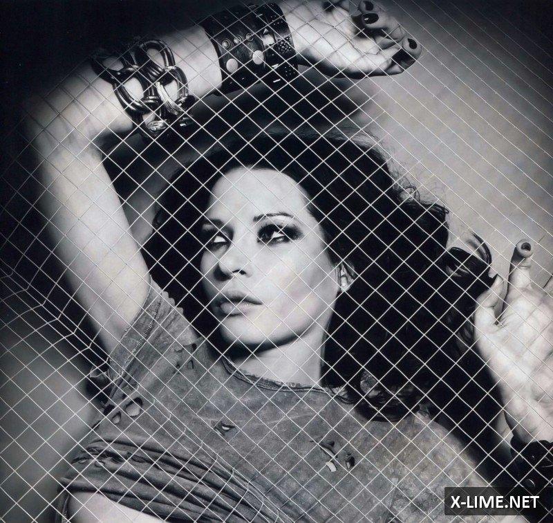 Голая Елена Шаповал в откровенной фотосесии журнала XXL
