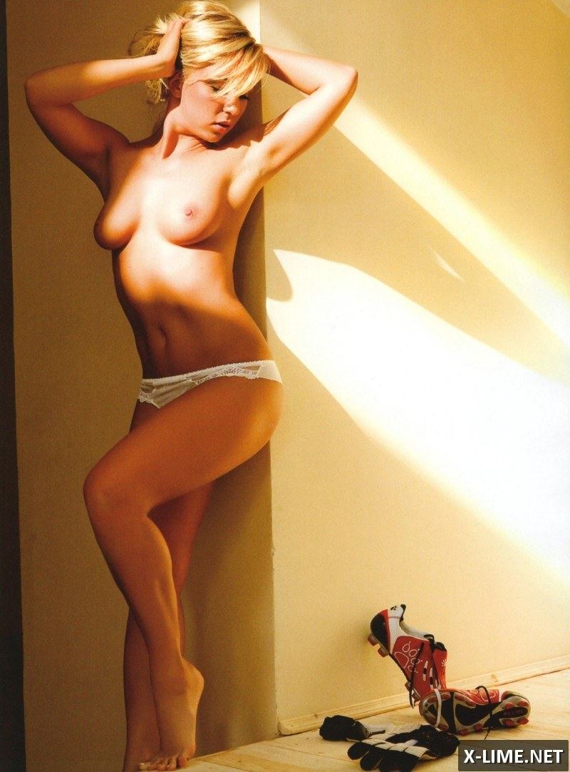 Голая Елена Рыжикова в откровенной фотосессии Penthouse