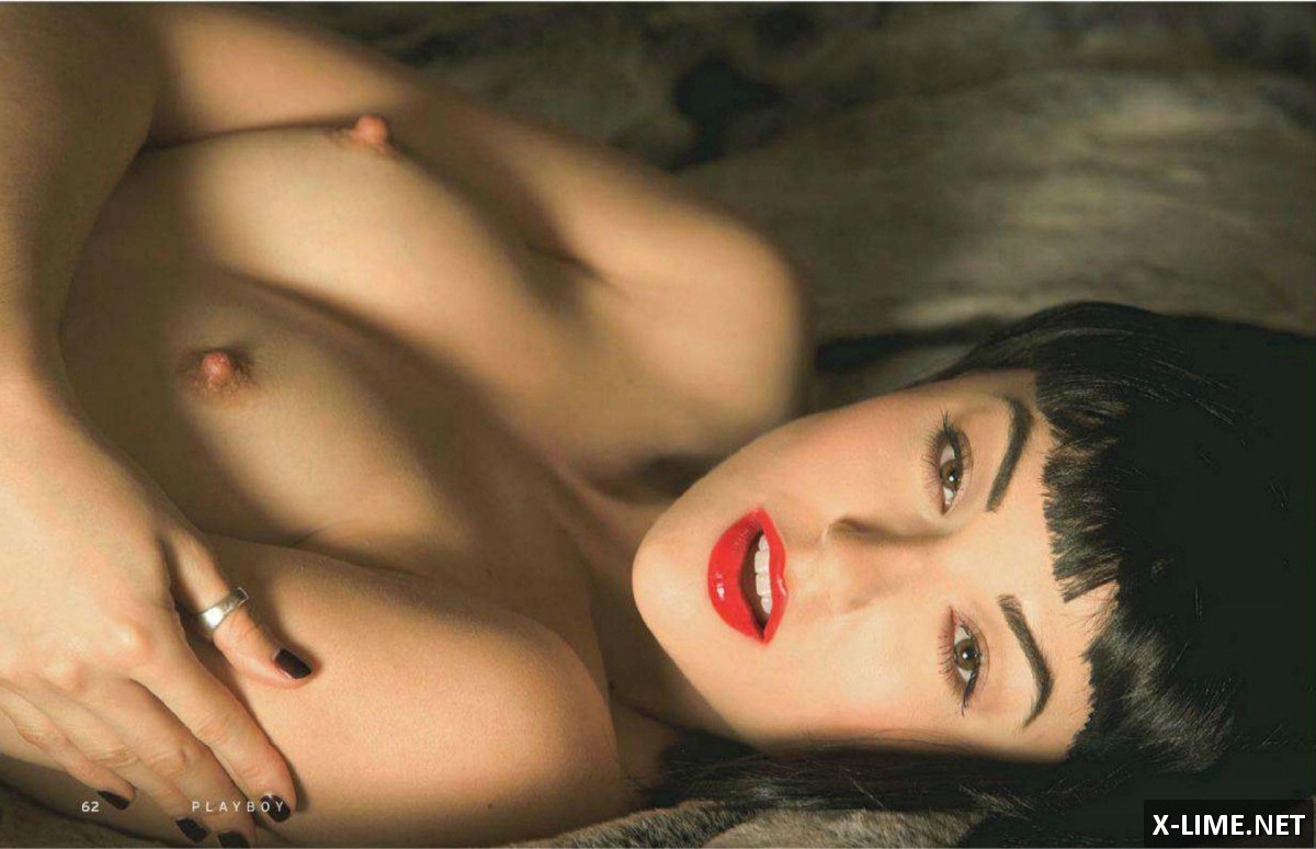 Голая Саша Грей в откровенной фотосессии PLAYBOY